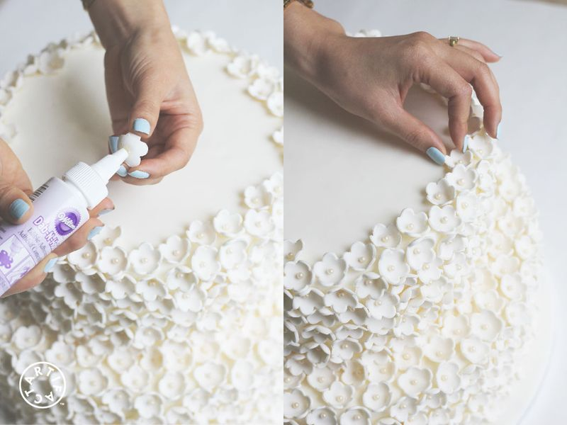 How to Make Your Own Wedding Cake 8